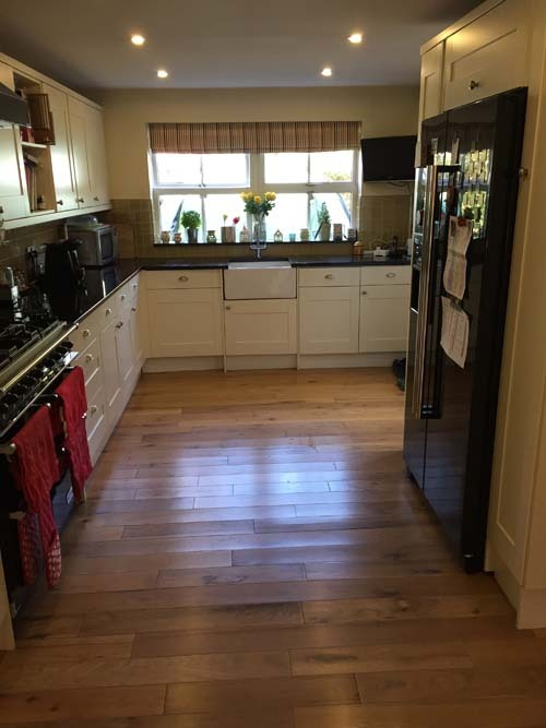 White-modern-kitchen1